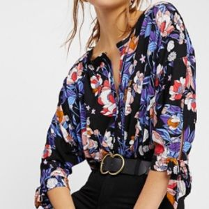 🆕 Free People Printed Tie-Sleeve Top